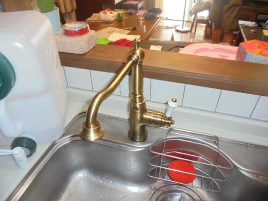 交換機種:カクダイ シングルレバー水栓