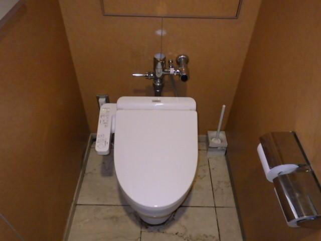 交換 トイレ ウォシュレット